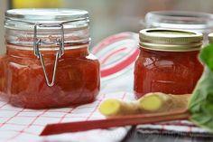 Rebarborový džem - unikátní chuť rebarbory a zázvoru Home Canning, Pesto, Jelly, Salsa, Mason Jars, Good Food, Food And Drink, Honey, Healthy Recipes