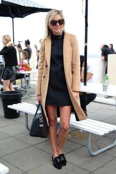 How to Wear a Beige Coat (218 looks) | Lookastic for Women