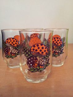 Vintage Merry Mushroom glasses Sears retro 1970's mid century kitchen set of 4... I haven't seen these. I need to find them.