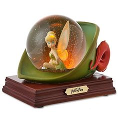 Disney Snowglobes Collectors Guide: Classic Tinker Bell Snowglobe