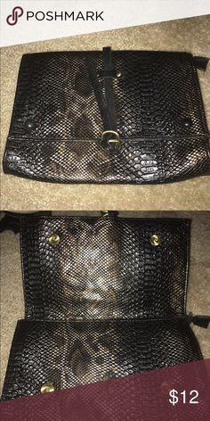 Animal print clutch Shoedazzle animal print clutch. Shoe Dazzle Bags Clutches & Wristlets