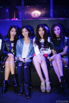 141025   9Muses' Kyungri & Euaerin with former Members Rana & Eunji - 30°C Launch Event