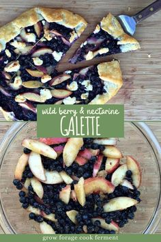 Wild Berry and Nectarine Galette with Goat Cheese and Fresh Thyme Easy Summer Meals, Summer Recipes, Baking Recipes, Real Food Recipes, Galette Recipe, Healthy Snacks, Healthy Recipes, Food L