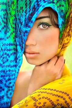 beautiful Eastern block veiled woman with teal eyes Beautiful Eyes, Beautiful People, Most Beautiful, Beautiful Women, Too Faced, Exotic Beauties, Belle Photo, Pretty Face, Portrait Photography