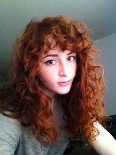 on cutting these curly bangs into my side part? Tips on cutting these curly bangs into my side part? - CurlTalkTips on cutting these curly bangs into my side part? Curly Hair Fringe, Curly Hair With Bangs, Curly Hair Cuts, Short Curly Hair, Hairstyles With Bangs, Curly Hair Styles, Fringe Bangs, Curly Ginger Hair, Side Fringe