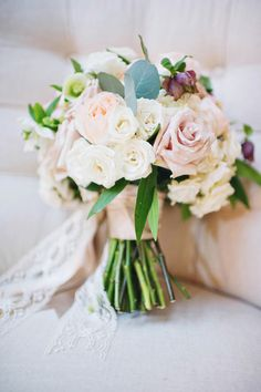 bridal bouquet by A Good Affair