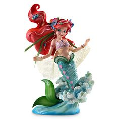 "Disney haute couture Ariel ""The Little Mermaid figurine is part of Walt Disney's Showcase Collection. Features the exquisite Ariel in a lovely pose. Ariel Disney, Walt Disney, Deco Disney, New Disney Princesses, Disney Little Mermaids, Ariel The Little Mermaid, Disney Love, Disney Magic, Disney Art"