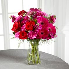 Send The FTD® Pure Bliss™ Bouquet from Americas florist NYC  212-921-8150