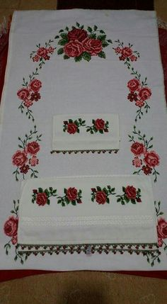Cross-stitch towel and prayer rug Cross Stitch Rose, Prayer Rug, Baby Knitting Patterns, Crochet, Needlepoint, Fabric Crafts, Hand Embroidery, Cross Stitch Patterns, Needlework