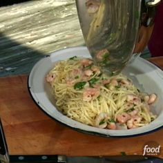 Because everyone needs a Shrimp Scampi With Linguini recipe! Try Tyler's quick and easy version for dinner this week.