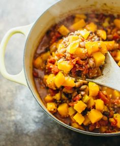 This butternut squash chili is one of my favorite chili recipes! It's easy and fast (cooks in 30 minutes on the stove), and it's vegetarian/vegan.