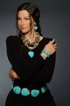 The Museum Store now carries Rocki Gorman American Indian jewelry - For the love of turquoise Mode Hippie, Bohemian Mode, Hippie Bohemian, Boho Gypsy, Equestrian Outfit, Look Fashion, Womens Fashion, Fashion Beauty, Estilo Hippie