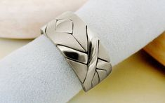 Unique Puzzle Rings by PuzzleRingMaker.Com by PuzzleRingMaker Green And Gold, White Gold, Puzzle Ring, Unusual Rings, Indian Jewellery Design, Wide Rings, Ring Bracelet, Bracelets, Puzzle Pieces