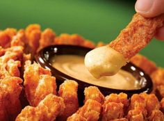 Outback Steakhouse Bloomin' Onion and Sauces Recipe