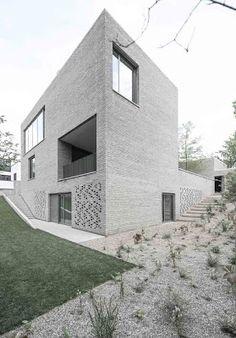 Casa Z by Bayer & Strobel Architekten (Frankfurt, Germany) #architecture