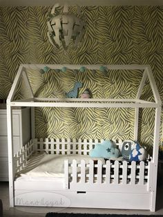 #házikóágy #házágy #házikóágyikó #házágyikó #gyerekágy #egyediágy #housebed #kidsbed #gyerekbútor #bútor #designbútor #kidsfurniture #furniture #montessori #montessoribed #kidsbedroom #kidsbedroomdesign #montessoribedroom #montessoribedroomdesign #boysroom #boysbedroom #fiúszoba #beautifulbed #lakberendezés #manóágyak #szeretettelkészül #modernbed #színeságy #woodhouse #woodbed #toddlerbed #toddlerhouse