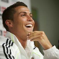 Cristiano Ronaldo se burla de árbitros y es suspendido   #portadadelmundo
