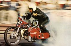 Elon Jack 'EJ' Potter - the 'Michigan Madman' on his injected small block chev. V8 powered drag bike 'The Widowmaker'. He died in 2012 - R.I.P.