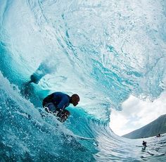 Kelly Slater, Tahiti by Todd Glaser Big Wave Surfing, Water Surfing, Surf News, Surfing Pictures, Surfing Images, Kelly Slater, Soul Surfer, Surfer Magazine, Surf Trip