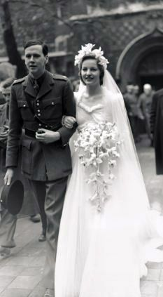 Deborah Mitford and Lord Andrew Cavendish on their wedding day, 1941