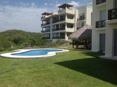 Departamento Beatriz Santa Cruz Huatulco Located in Santa Cruz Huatulco, this air-conditioned apartment features an outdoor pool. Guests benefit from free WiFi and private parking available on site.  There is a seating area and a kitchen complete with a dishwasher, an oven and a microwave.