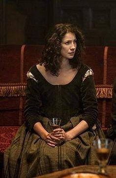 Outlander Funny, Outlander Novel, Diana Gabaldon Outlander Series, Outlander Season 1, Outlander Tv Series, Starz Series, Claire Fraser, Jamie Fraser, Jamie And Claire