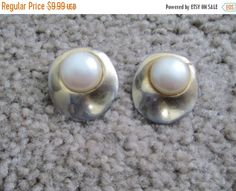 Check out this item in my Etsy shop https://www.etsy.com/listing/250256815/70-off-fall-sale-vintage-gold-faux-pearl