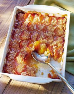300 g Abricot  20 g Amande en poudre  2 g Amande éffilée  10 g Pignon  30 +2 g Beurre  20 g Farine  20 g Sucre en poudre  Sel