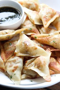 Easy Pot Stickers: Plus 24 More Easy Five-Ingredient Meals for Lazy Nights via @PureWow