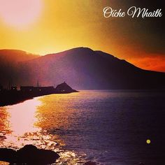 Good Night From Ireland  This beautiful sunset was taken in Fenit Co. Kerry by @jumpinmysuitcase