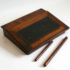 ANTIQUE ROSEWOOD LEATHER INLAID WRITING SLOPE STATIONERY BOX PLUS 2 MEASURES