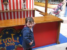 Evénement carrousel 1900 manèges à louer #cgorganisation #VaranneEvent #locationdemanege #AnimationCentreCommercial #carrouselvintage Carrousel, Centre Commercial, Location, Plunge Pool