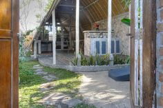 villa the Lumbung entrance