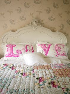 modern graphic/romantic pillowcases #bedroom