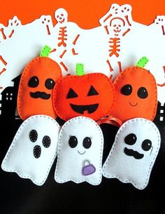 Sew Toy Easy Halloween Felt Softie Pattern Ghosts and Pumpkin PDF Sewing Tutorial, for Stuffed Toy, Decoration, Trick-or-Treat Party Favors Diy Halloween Ghosts, Halloween Tree Decorations, Holidays Halloween, Halloween Crafts, Holiday Crafts, Party Crafts, Halloween Sewing Projects, Halloween Patterns, Felt Decorations