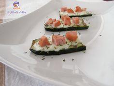 Un gustoso #appetizer o un #aperitivo o un veloce #antipasto scegliete voi come servire questi  CROSTINI DI ZUCCHINA E WURSTEL la ricetta nel mio blog --->  http://blog.giallozafferano.it/lericettedibea/crostini-di-zucchina-e-wurstel/ #lericettedibea #gialloblogs