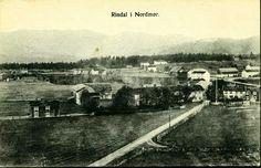 Møre og Romsdal fylke Rindal kommune RINDAL I NORDMØR. Bygdeoversikt med sentrum mot øst Datert 1910