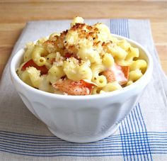 Lobster Mac and Cheese Recipe - The Best Lobster Mac & Cheese at Home.  Looks sooooo good!