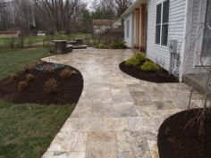 Attirant Silver Travertine Patio