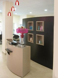 Agencement du salon AS Coiffure (59) Spa, Barbershop, Hair, Home Decor, Bath Room, Retail Counter, Hutch Decorating, Projects, Hairstyle