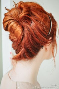 i'm getting that just before spring itch to dye my hair red...