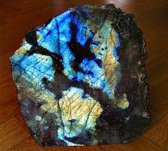 Amazing Labradorite | Geology IN