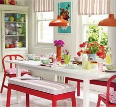 Cath Kidston kitchen - love the use of color Red Kitchen, Kitchen Colors, Kitchen Decor, Kitchen Design, Happy Kitchen, Kitchen Dinning, Cath Kidston Kitchen, Sweet Home, Style Deco