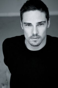Jay Ryan. Totally Hot. Totally my choice for Rafe.