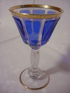 Lištovaná sklenice