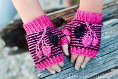 Ravelry: Alize Mitts pattern by Elena Nodel #knitting #mitts