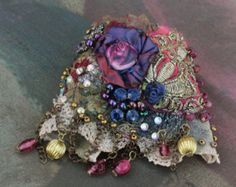 Brazalete rosa púrpura, negrilla del pun ¢ o con encajes antiguos, envolturas de Bohemia pulsera, abalorios y cristales