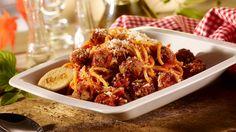 - Spaghetti Polpetini - Paste spaghetti traditionale italienesti, chiftelute de vita si prosciutto, totul scaldat in sos de rosii.