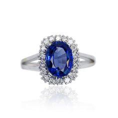 Diamond Ring with Tansanit  Tansanit-Diamant-Ring 1,752ct ovaler Tansanit und 0,496ct Diamanten
