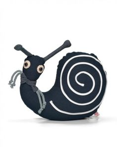 Lovely, fun musical snail! xoxo